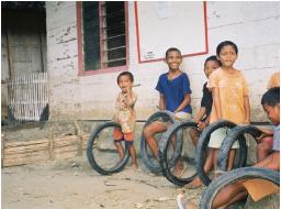 balantak-children-at-play-in-talima-a-village