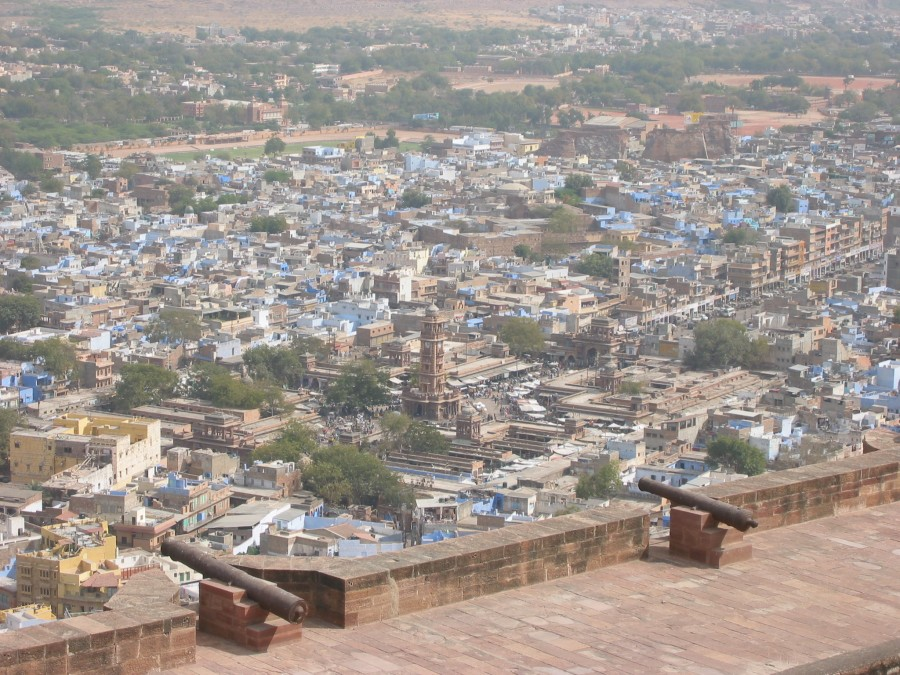 British colonial influence is seen in the canons on the fort walls and the straight road leading to the clock tower in Jodhpur.