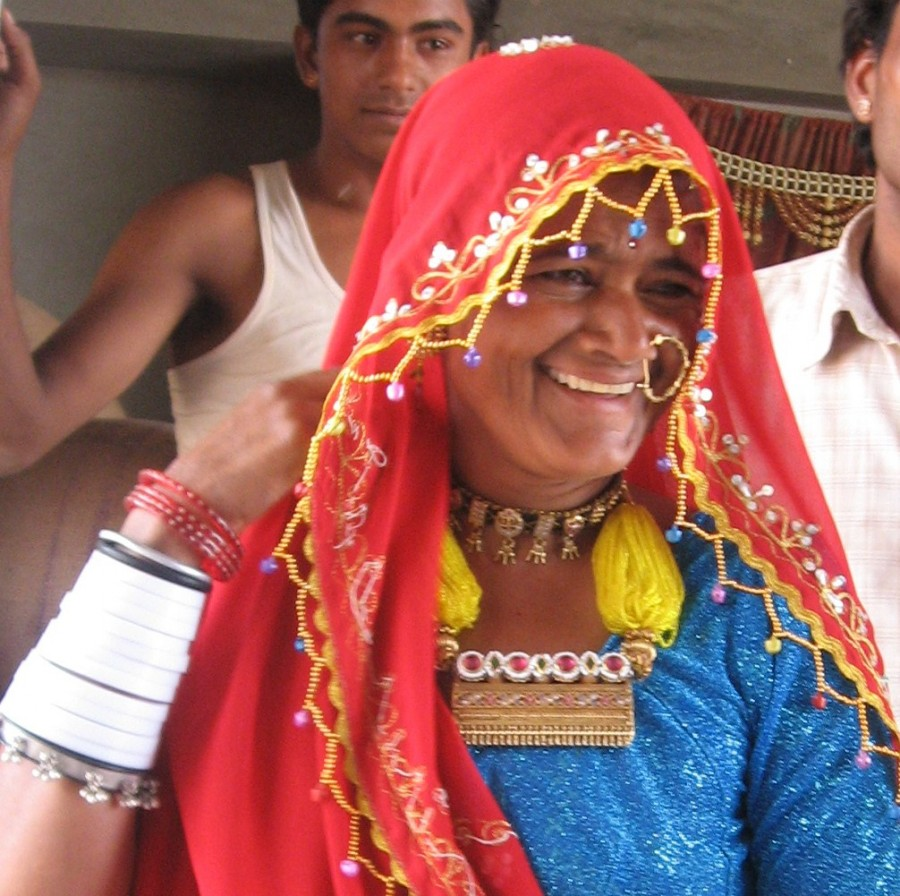 A Marwari speaking lady dressed to attend a wedding.
