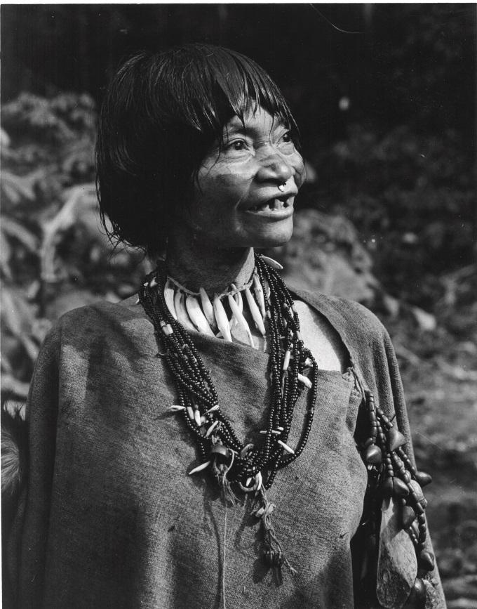 Matsigenka woman 01