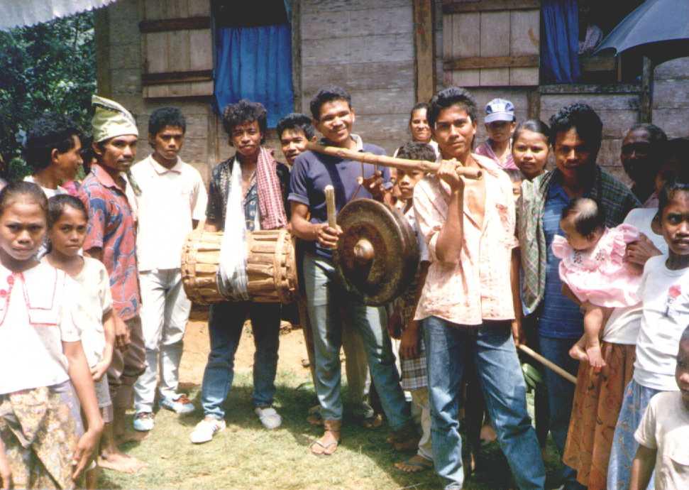 Muna music